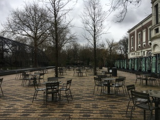 The terrace in Artisplein. At the far end live the flamingoes.